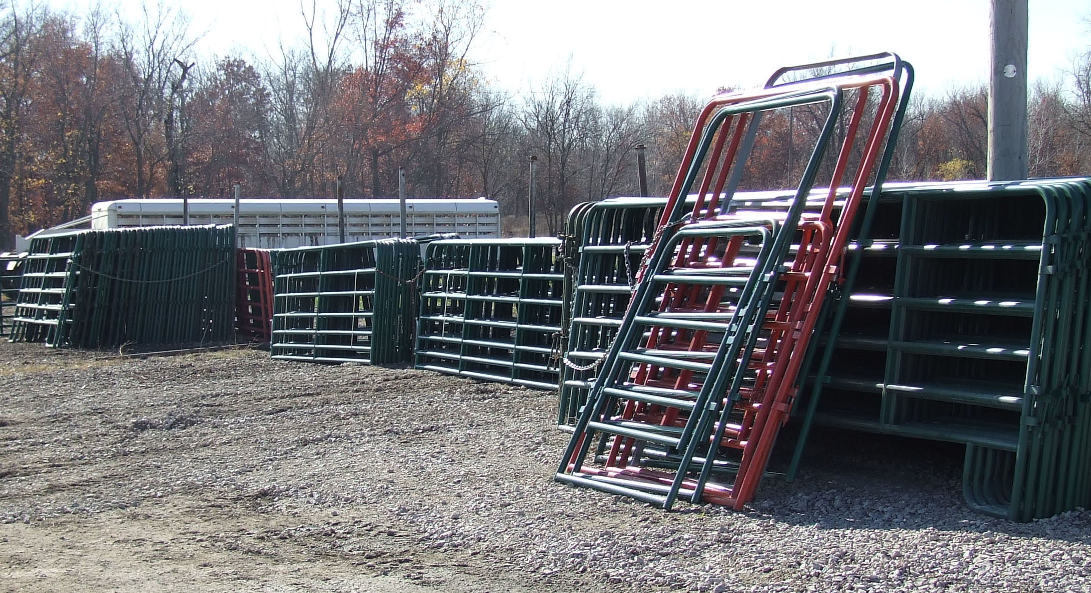 feeders for contact feeder horse pony shop saver corner mirrors stable sale hay net